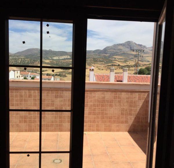Metaglass granada f brica de ventanas de pvc en granada for Puerta balcon pvc